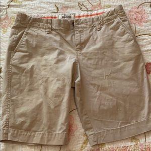 Old navy women's Bermuda shorts size 4